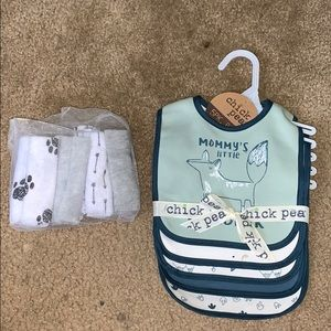 5 packs of bibs and 15 wash clothes